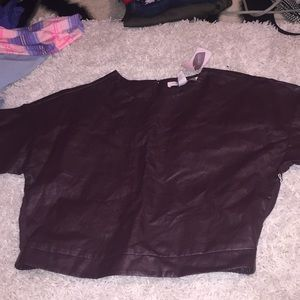 NWT! LEATHER T-SHIRT